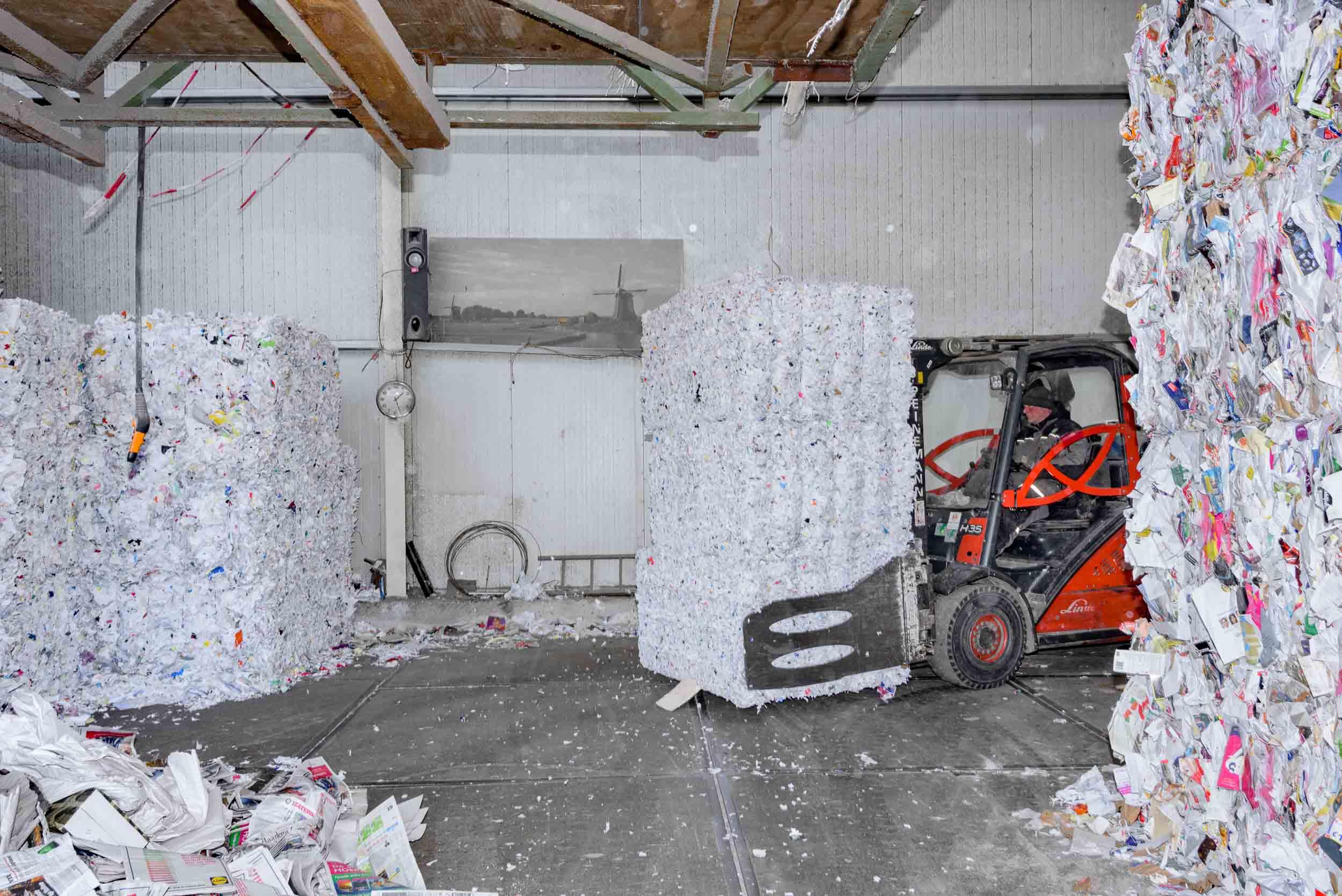 papierrecycling amsterdam, voor de correspondent, met Johnas van Lammeren PvdD
