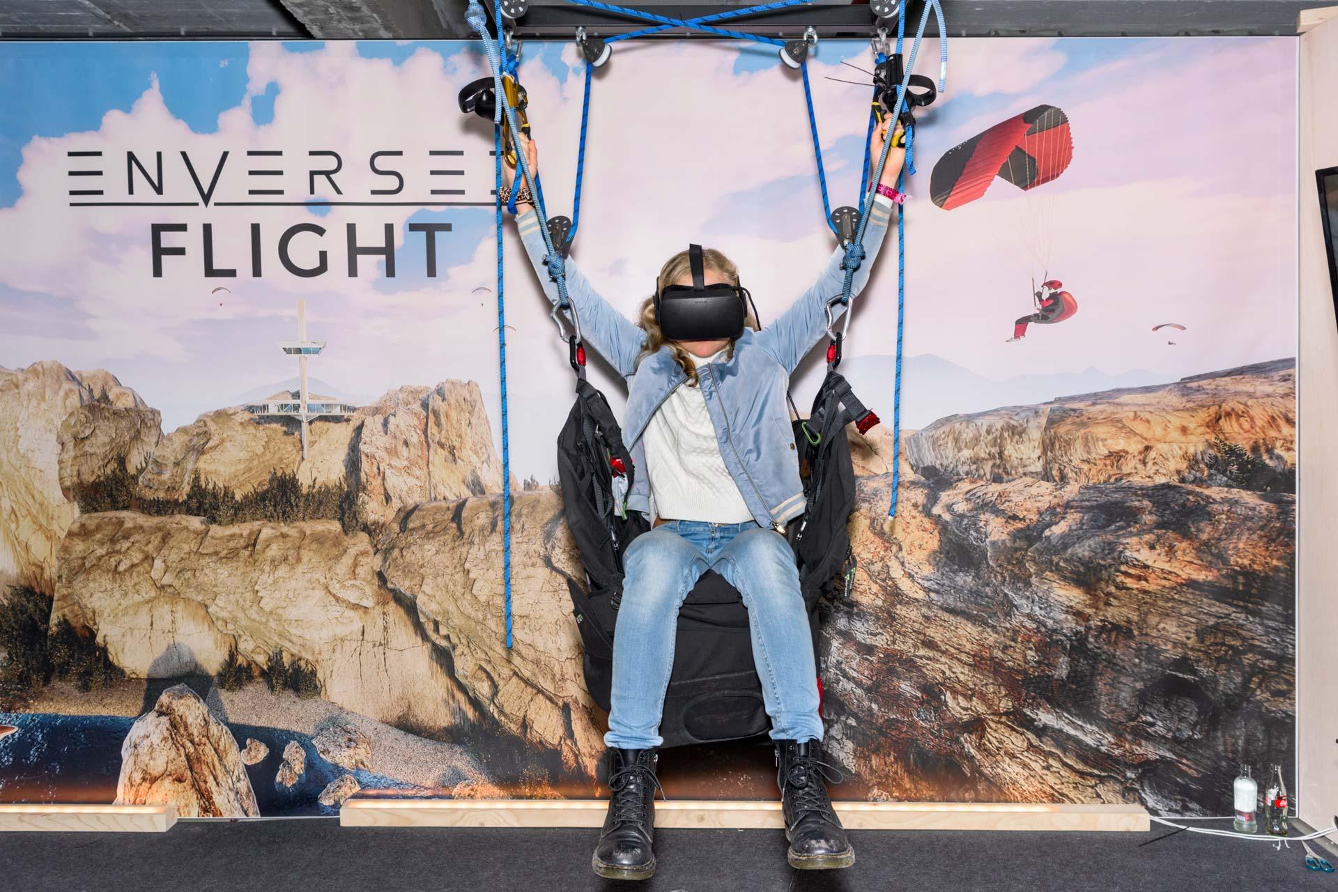 Face Reality | Enversed VR Beleef een parachutesprong - Dutch Design Week 2019 | Sas Schilten ★ Fotografie